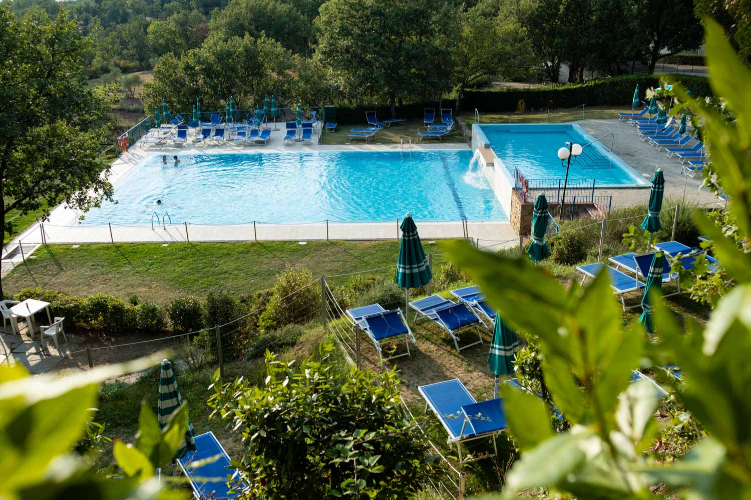 Camping platz mit pool in der toskana camping barco reale - Campeggio con piscina ...